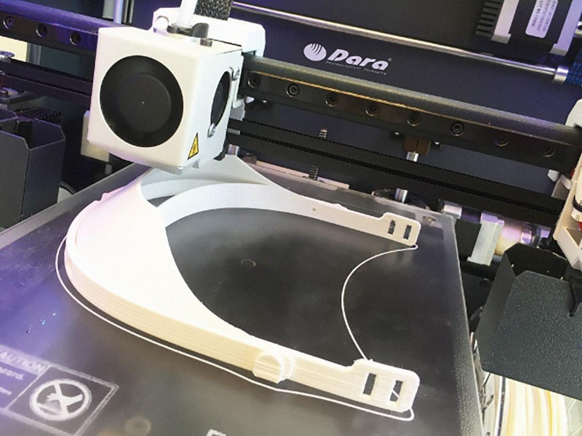 Dara Pharma se une a la convocatoria para la elaboración de las pantallas-viseras en impresoras 3D.
